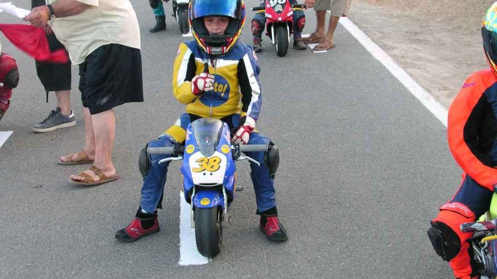 Ana Carrasco, con 7 años.