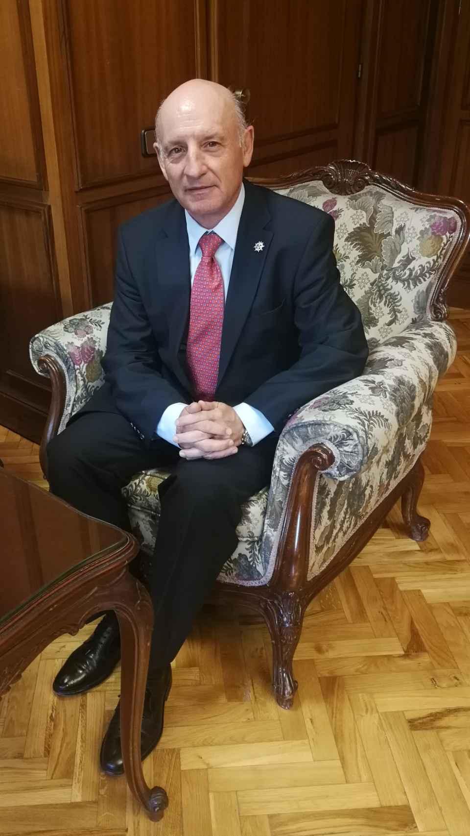 Vicente Rouco recorrió los Registros Civiles uno a uno.
