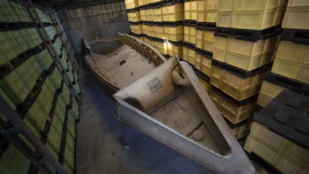 Molde para fabricar una embarcación de 18 metros que iba a destinarse al tráfico de cocaína en las Rías Baixas.