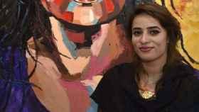 Shaheena Shaheen era presentadora de un programa de entrevistas en Pakistan Television.