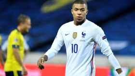 Mbappé durante un partido de la selección de Francia