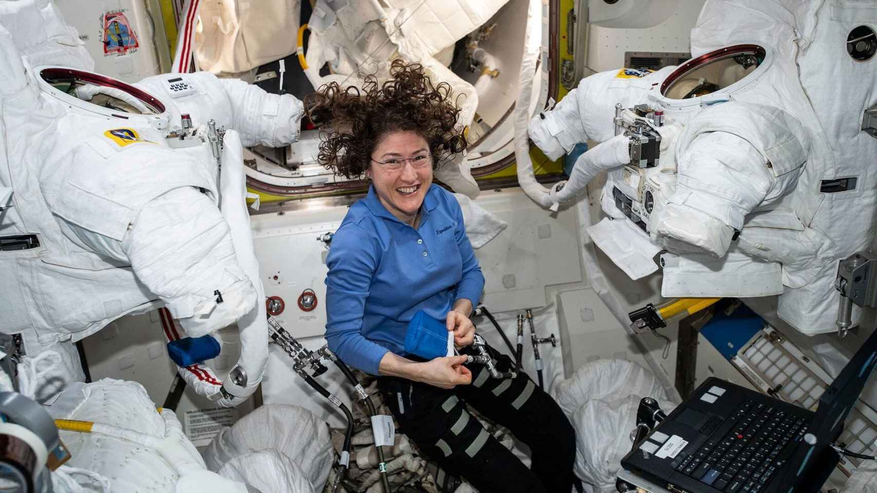 Las 16 mujeres astronautas activas de la NASA