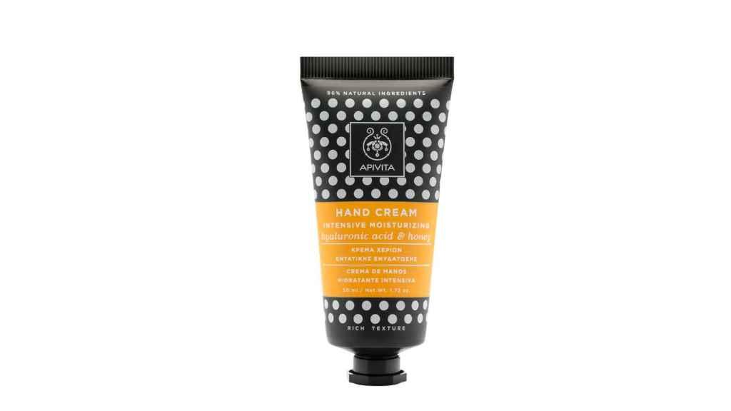 La crema de manos nutre y protege tu piel.