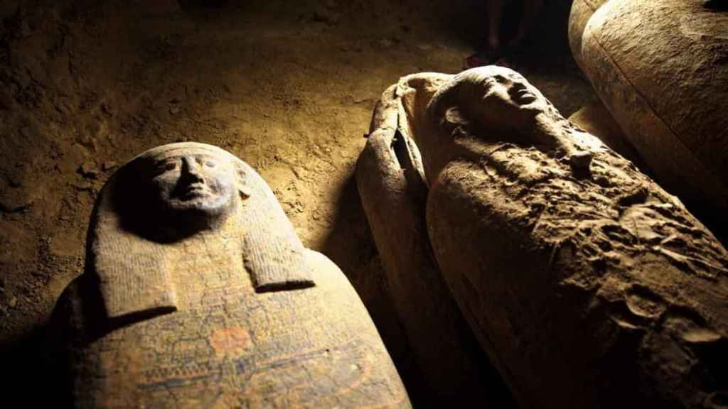 Varios de los sarcófagos hallados en la necrópolis de Saqqara.