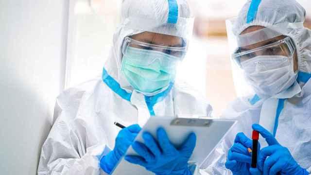 Coronavirus: grandes biotech piden en una carta abierta transparencia a las farmacéuticas con las vacunas