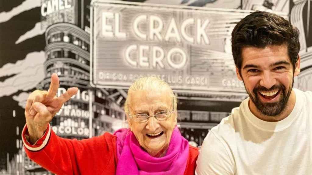 Miguel Ángel Muñoz, junto a su 'Tata', Luisa Cantero.