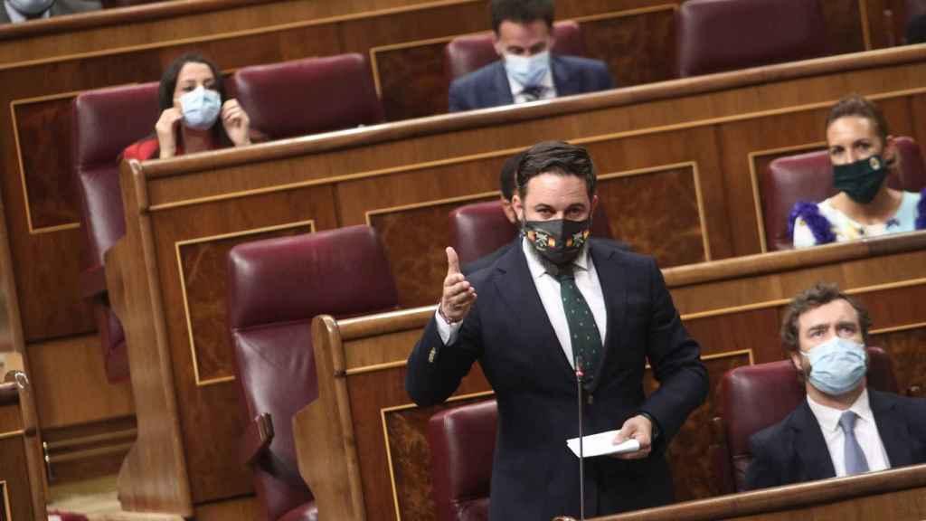 El líder de Vox, Santiago Abascal, interviene este miércoles en la sesión de control al Gobierno en el Congreso.