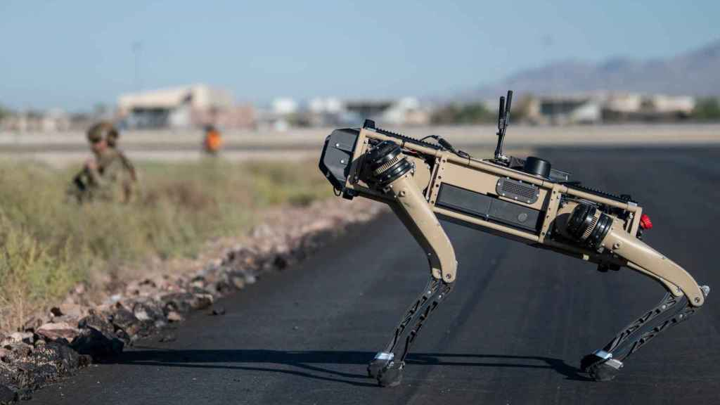 Un perro robótico, en unos ejercicios militares en los EEUU