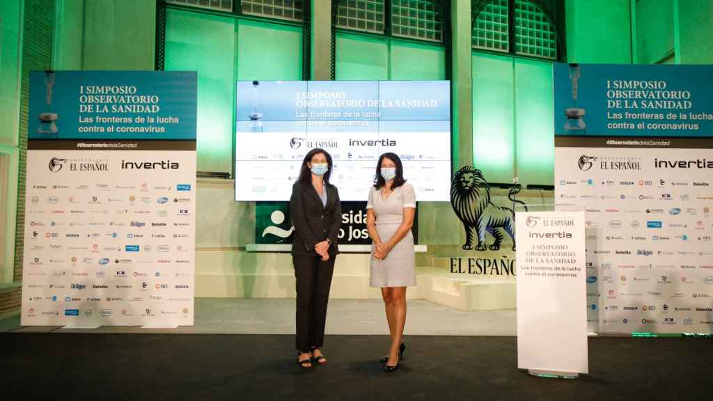 Raquel Yotti, directora del Instituto de Salud Carlos III y Mamen Vázquez, directora general de EL ESPAÑOL.