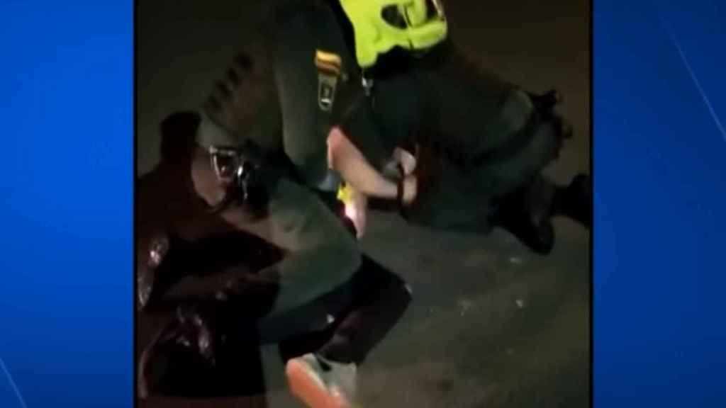 Imágenes de la brutalidad policial contra Javier Ordóñez.