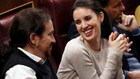 os dirigentes de Unidas Podemos Pablo Iglesias e Irene Montero, en el Congreso.