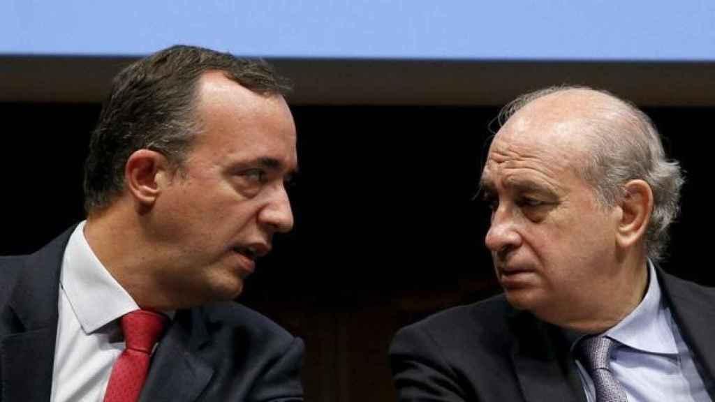 El ex secretario de Estado de Seguridad Francisco Martínez y el exministro del Interior Jorge Fernández Díaz.