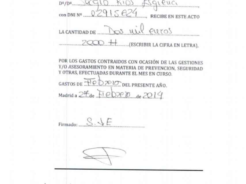 Uno de los pagos con cheque de los fondos reservados al chófer de Bárcenas.