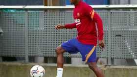 Ansu Fati en un entrenamiento con el Barça
