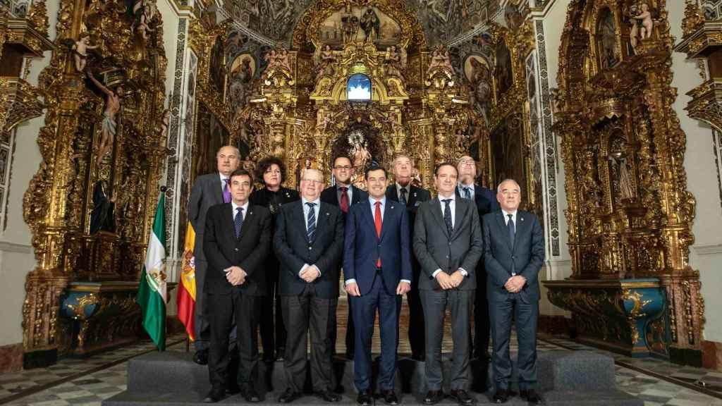 Recepción de Juanma Moreno a los presidentes de consejos y agrupaciones de cofradías