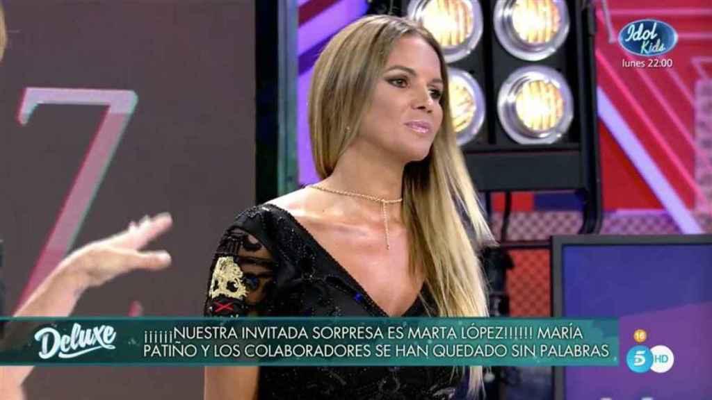 Marta López, muy tensa y más delgada, durante su regreso.