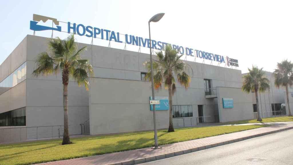 Vista del Hospital de Torrevieja. EE
