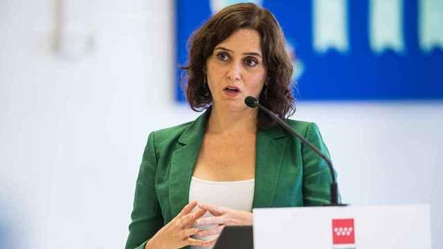 La presidenta de la Comunidad de Madrid, Isabel Díaz Ayuso, durante una rueda de prensa.