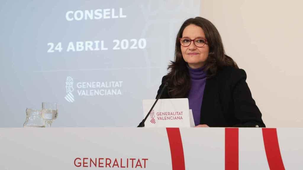 Mónica Oltra, en una rueda de prensa del Gobierno valenciano. EE
