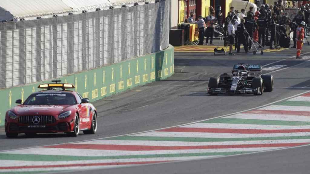 El Safety Car interviene en el Gran Premio de la Toscana