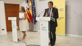 Yolanda Díaz y José Luis Escrivá, ministros de Trabajo e Inclusión, Seguridad Social y Migraciones.