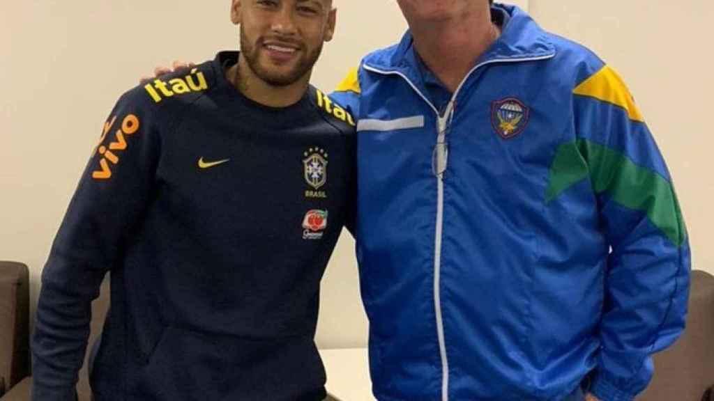 Neymar y Bolsonaro en el Hospital de Brasilia