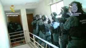 Agentes de la Guardia Civil, durante una operación contra el narcotráfico.