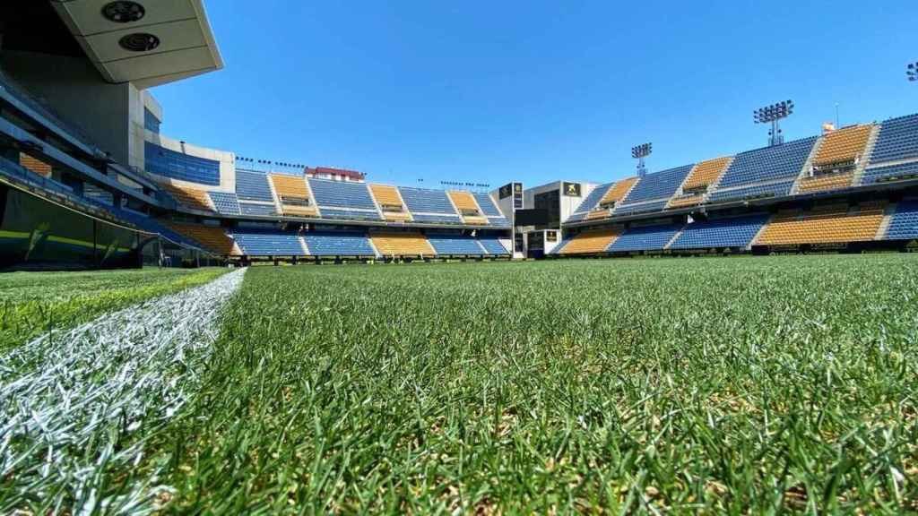 El Estadio Ramón de Carranza, desde el césped