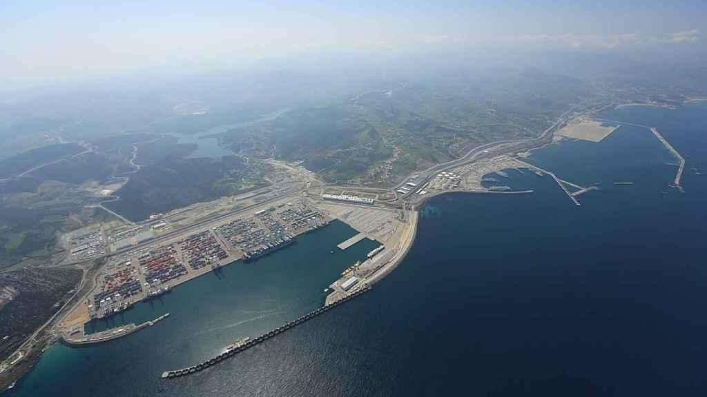 Vista aérea del puerto Tánger Med.