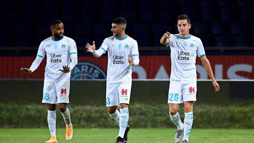 Payet, Álvaro González y Thauvin durante un partido del Marsella