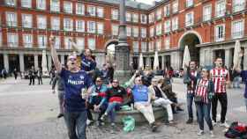 Los hinchas del PSV en Madrid