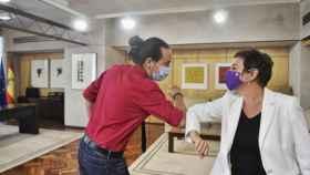Pablo Iglesias y Mertxe Aizpurua (Bildu), en el despacho del vicepresidente segundo en una imagen de archivo. Efe