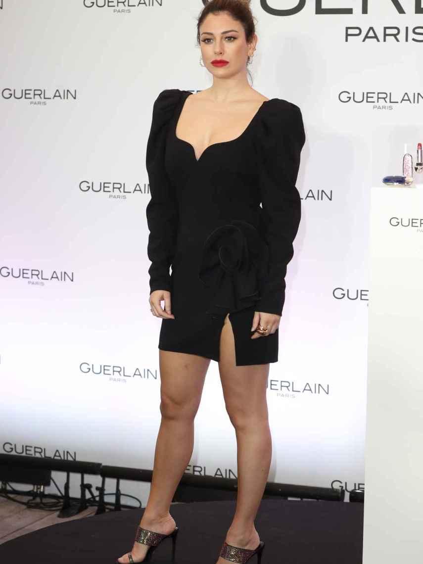 Blanca Suárez con vestido negro de Magda Butrym.