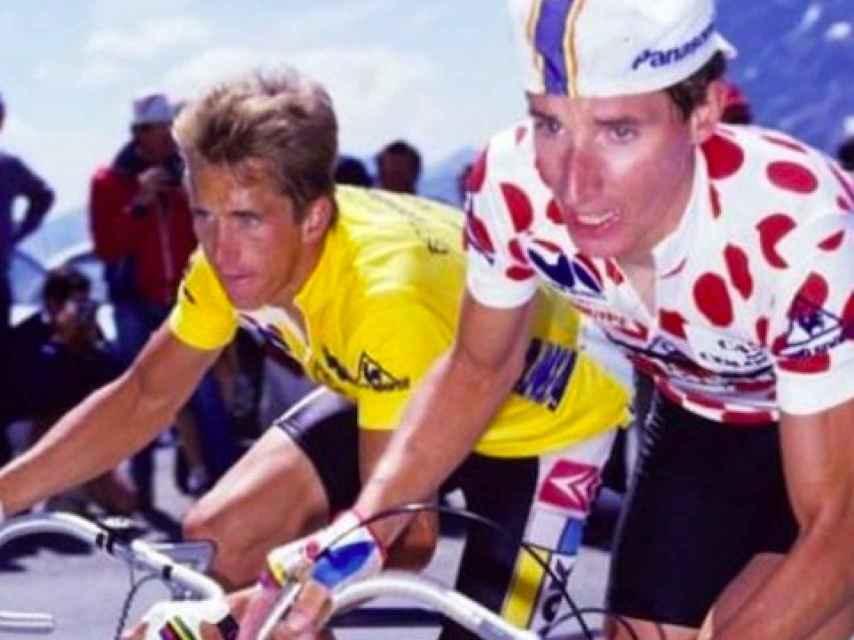 Robert Millar con el maillot de la montaña del Tour