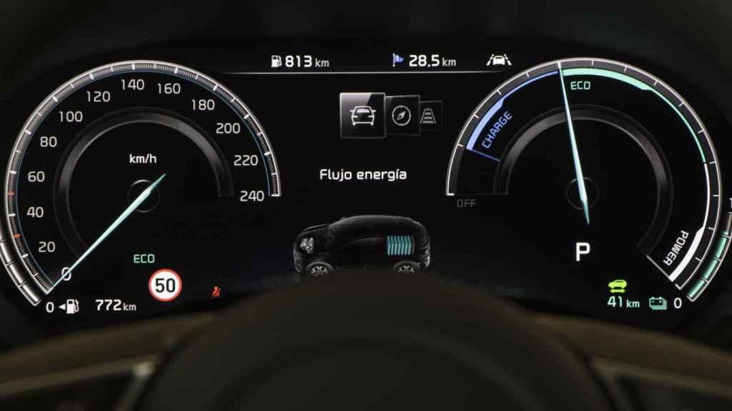 En el cuadro se indica cuándo va en modo 100% eléctrico.