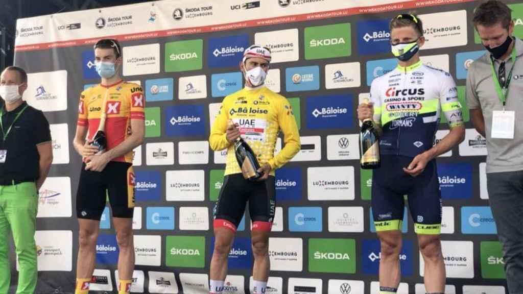 Diego Ulissi celebra su victoria