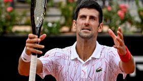 Djokovic se desespera tras una mala acción