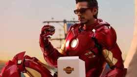 Robert Downey Jr, como Iron Man