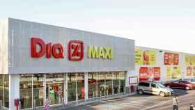 El éxito del 'ecommerce' de Dia: cierra tiendas Maxi Dia para preparar pedidos online