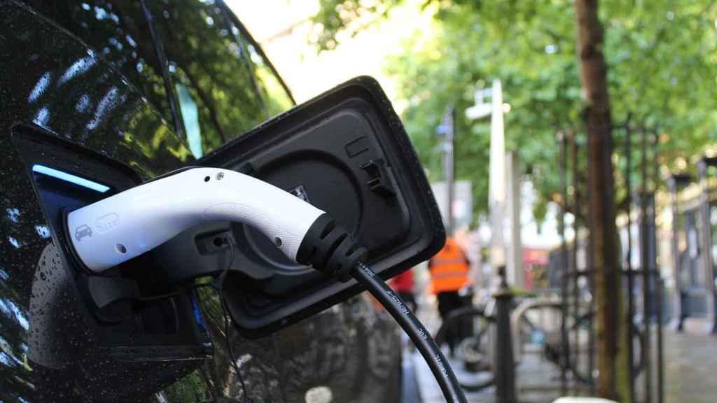 El coche eléctrico acelera la innovación en baterías