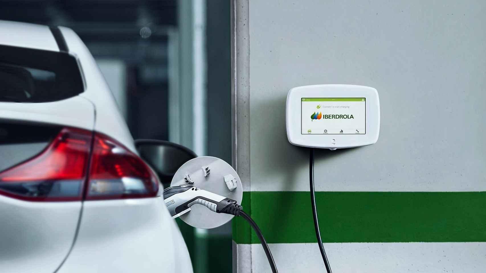 Un sistema de carga de vehículos eléctricos de Iberdrola.