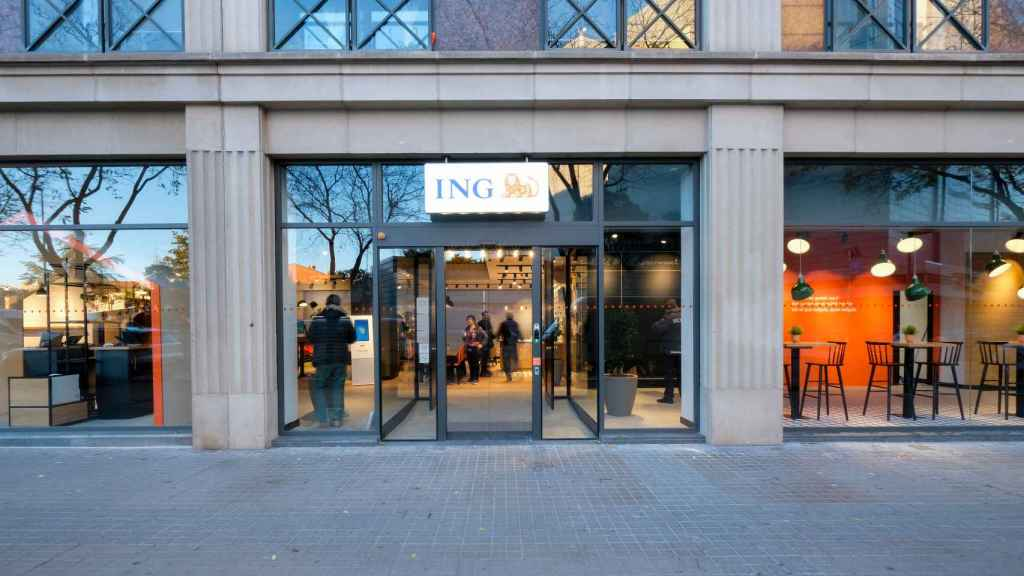 Oficina comercial de ING.