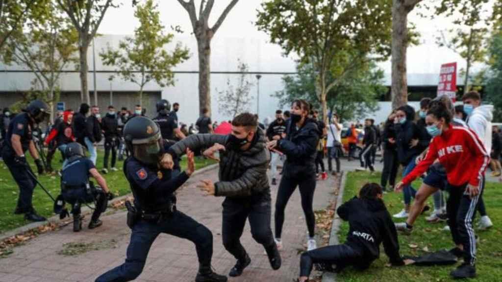 Disturbios en Vallecas este jueves.