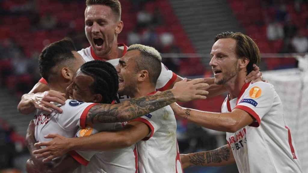 El Sevilla celebra su gol contra el Bayern