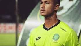 Faiq Bolkiah tras un partido en Brunéi