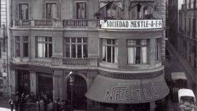Así conquistó Nestlé a los españoles: de canjear etiquetas por Lotería a patrocinar concursos de tv