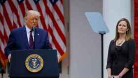 Donald Trump y Amy Coney Barrett, durante el anuncio de ésta última como nueva jueza del Supremo.
