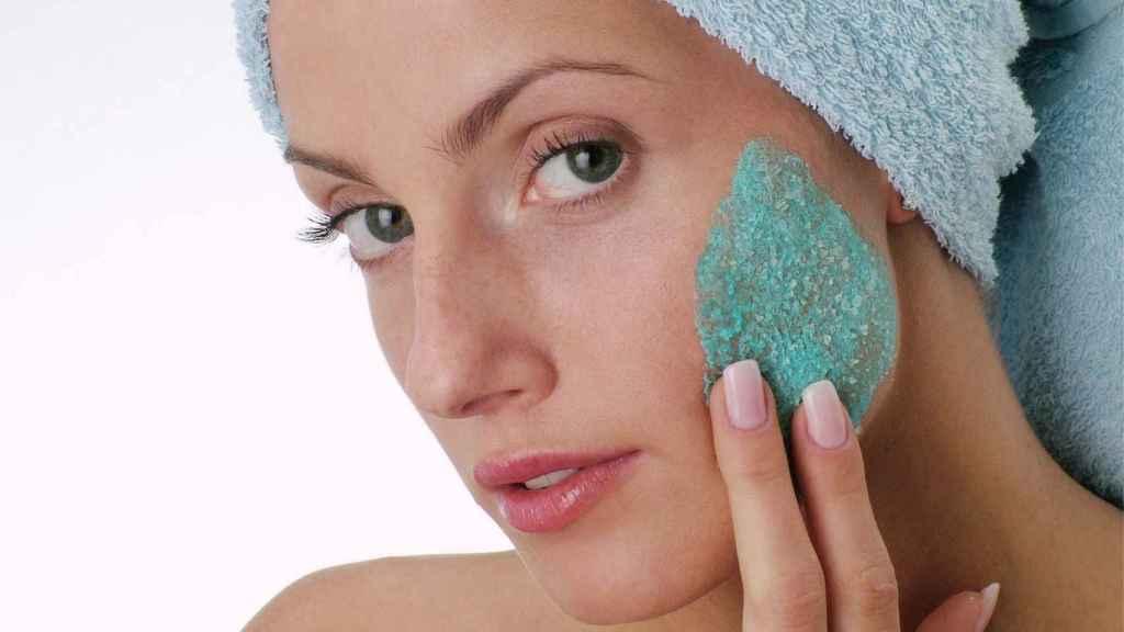 Mercadona tiene un nuevo éxito: la mascarilla de arcilla verde que previene la aparición de acné