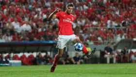 Rubén Dias con la camiseta del Benfica