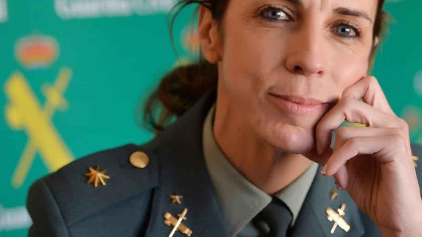 La teniente coronel, Silvia Gil.